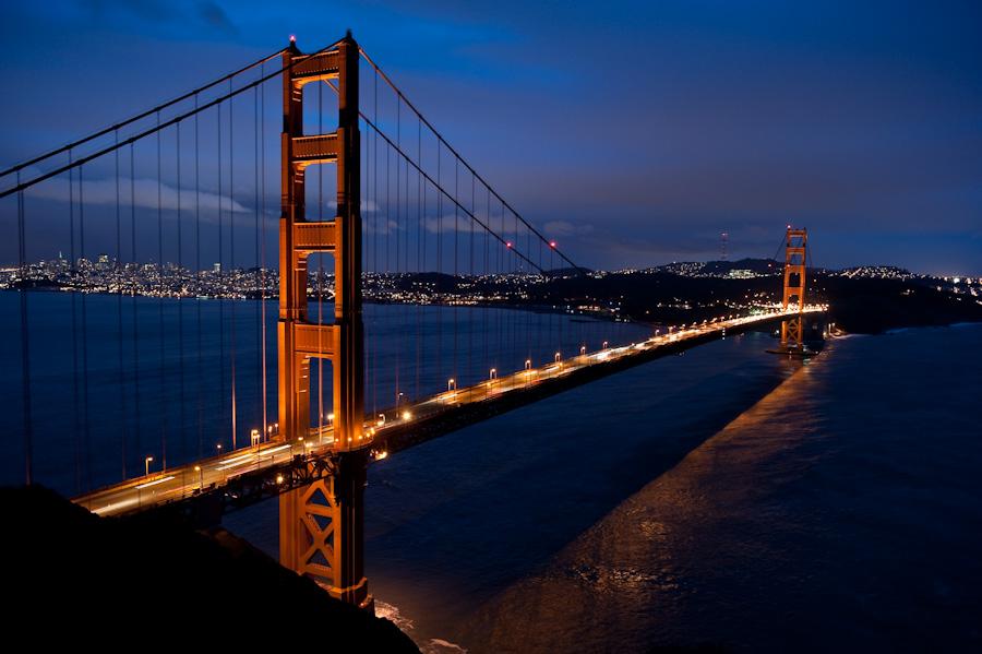 golden gate bridge zur blauen stunde neunzehn72. Black Bedroom Furniture Sets. Home Design Ideas