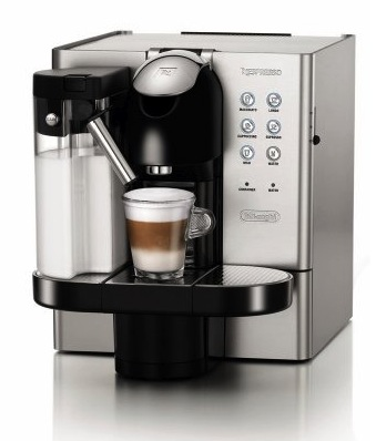 nespresso lattissima 720m von delonghi erster test. Black Bedroom Furniture Sets. Home Design Ideas