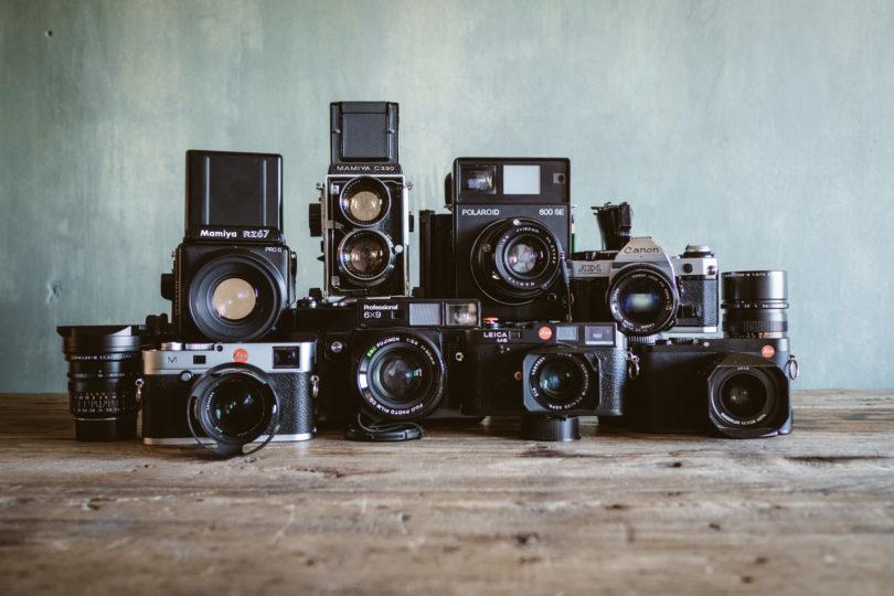 Die Familie: Leica M240, Mamiya RZ67, Fuji GW690, Mamiya C220, Leica M6, Polaroid SE600, Canon AE1 Programm, Leica Q