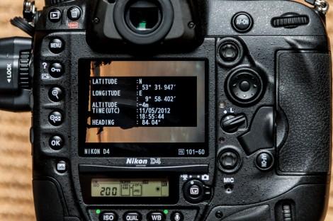Nikon D4 GPS