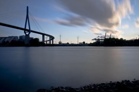 Langzeitbelichtung Hafen Hamburg
