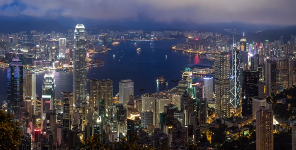 HK_Peak@Night- 3,2 Sek. bei f - 8,0 ISO 200