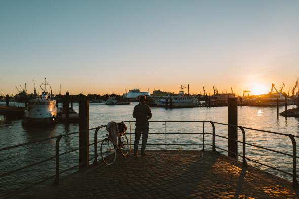 Hamburg_Hafen_Sonnenuntergang_01