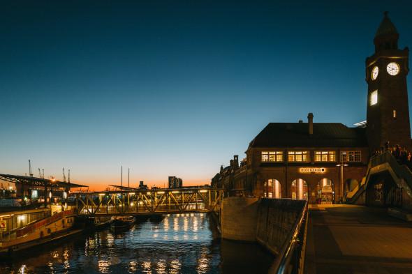Hamburg_Hafen_Sonnenuntergang_09
