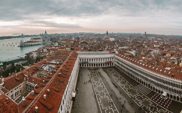 Venedig Markusplatz - Pano-LEICA Q (Typ 116) 1-500 Sek. bei f - 4,0 ISO 100