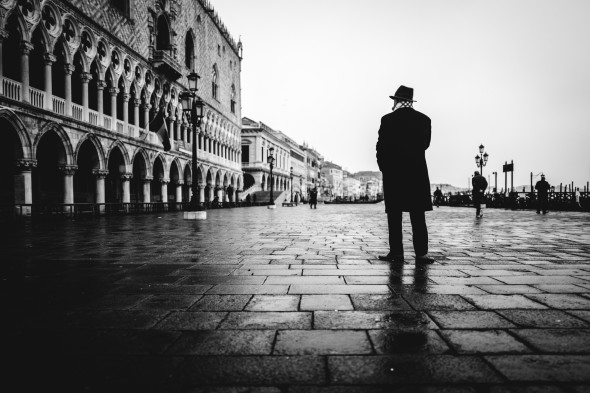 Venedig Streetfotografie - LEICA Q (Typ 116) 1-320 Sek. bei f - 1,7 ISO 200