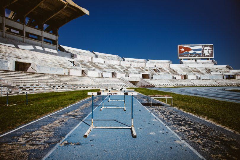 Das Che Guevara Stadion in Havanna. 1989 erbaut und jetzt sehr zerfallen. Leica M240 + Summilux 21