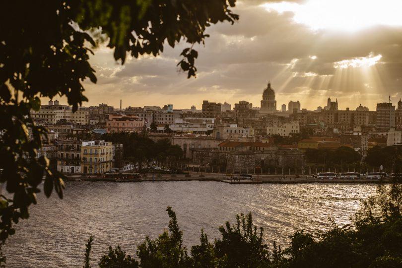 Blick auf Havanna. Leica M240 + Summicron 75