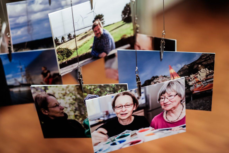 Ein Foto-Mobile mit Platz für 20 Fotos im Format 10x15 cm