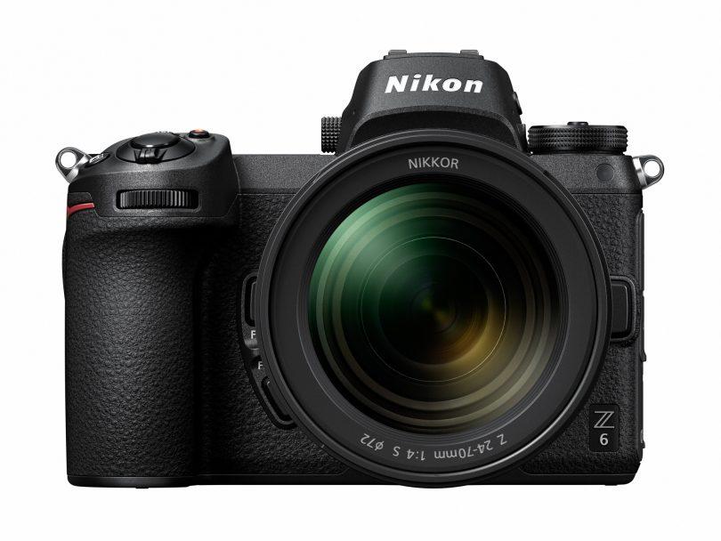 Nikon Z6 Frontansicht mit 24-70 f/4