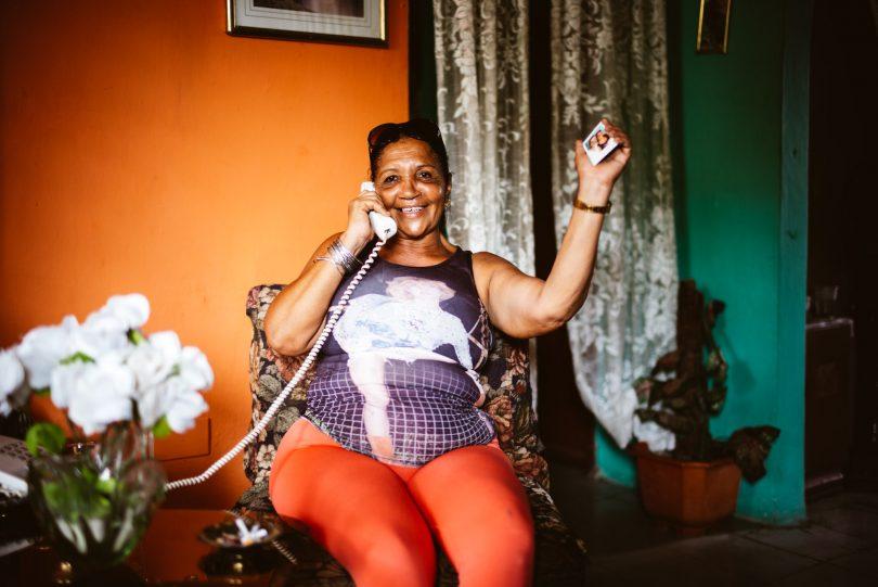 Es gibt viele Handys auf Kuba, aber telefoniert wird immer noch vorwiegend über das Festnetz.