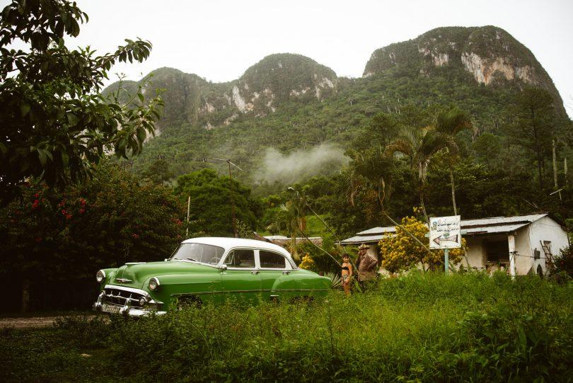 Im Tal von Vinales. Viel Grün, viel Regen.
