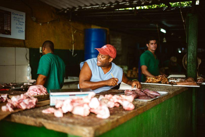 Fleisch ist Mangelware. Meistens gibt es nur Hühnchen auf Kuba.